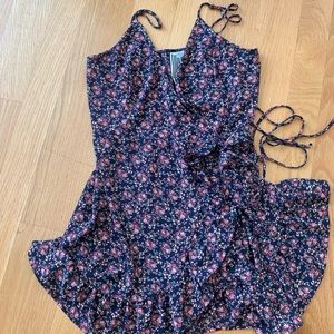 Free People wrap dress size large perfect!